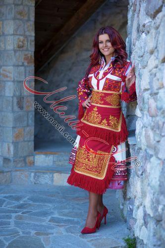 Pirin folk costume